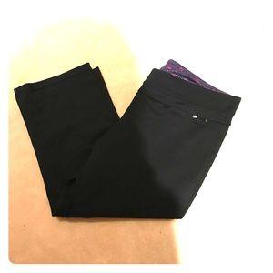 Aerie Black Capri Workout Pants